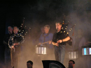 Ray Tomes; Pipers in the Mist; At