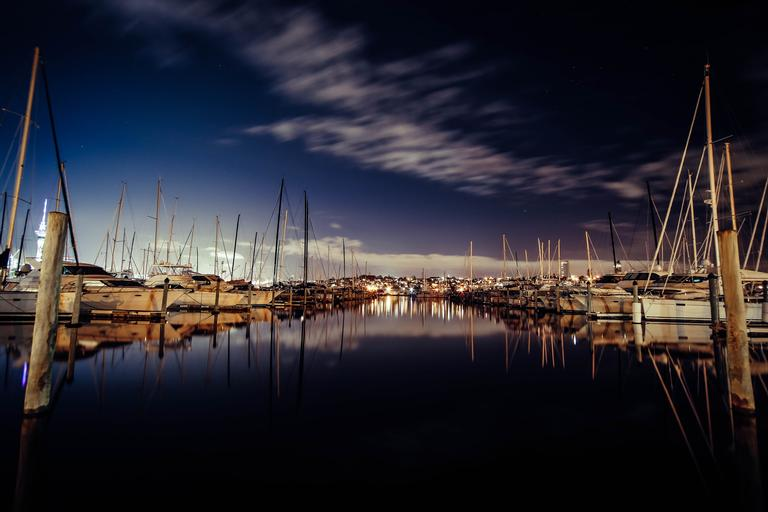 The photo is taken at Westhaven Auckland City, trying to capture the night sky on city using Fujifilm xt10 18-55mm.